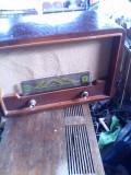 Aparat Radio pe lampi  Pionier 2 anii 50