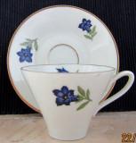 Ceasca de cafea Johann Seltmann.Marca folosită după 1949.Gentiana.