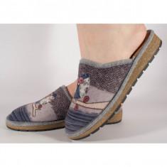 Papuci de casa gri din plus cu talpa cu memorie 191023