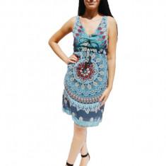 Rochie vaporoasa de vara cu decolteu in V, imprimeu bleumarin