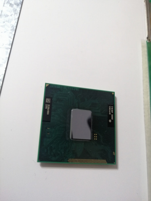 procesor laptop Intel Celeron B830 PENTIUM 1.80GHZ ,socket G2 rPGA988b SR0HR