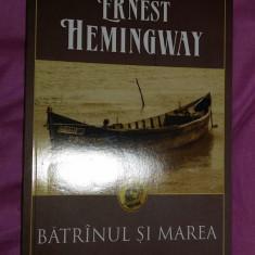 Hemingway - Batranul si marea