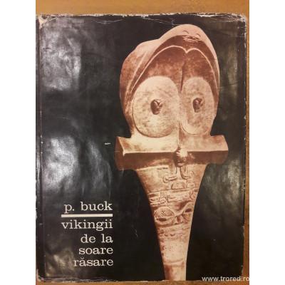 Vikingii de la soare rasare foto