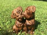 Sculptura veche in lemn,reprezentand doi caini