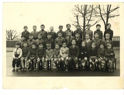 Fotografie veche de grup cu copii foto