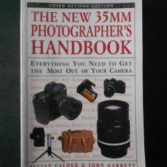 JULIAN CALDER - THE NEW 35MM PHOTGRAPHER`S HANDBOOK {limba engleza}