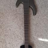 Vand Bass Fender Squier
