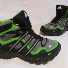 Pantofi/ghete/adidasi  ADIDAS Terrex Mid Gtx K, marime 37 1/3 EU (23.5 cm)