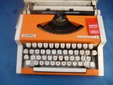 Masina de scris portabila Olympia traveller de luxe