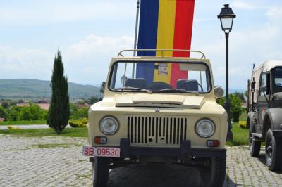 ARO 240 , vehicul istoric foto