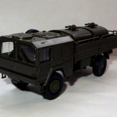 Herpa MAN 5t military tanker truck 1:87
