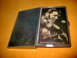 B677-I-Portvizit carti de vizita Elvis Presley US Pat. Metal argintiu.