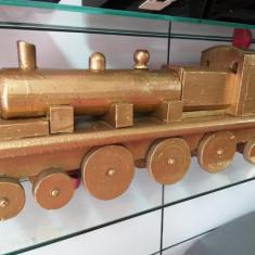 trenulet lemn