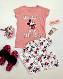 Cumpara ieftin Pijama dama ieftina bumbac cu tricou roz si pantaloni lungi albi cu imprimeu MK Scris