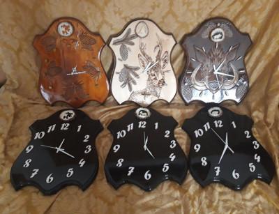 Ceasuri de perete modele vanatoresti foto