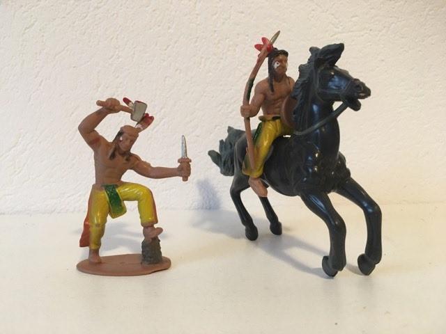 3 figurine indieni si cal, deosebite, cauciuc
