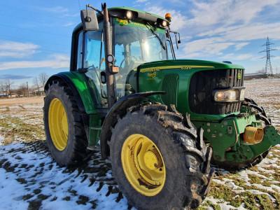 Tractor John Deere 6320 Premium, an 2004, 4x4. IMPORT 2021 foto