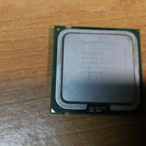 Intel Pentium D 820 SL8CP 2.8GHz2MB800 FSB Socket LGA775