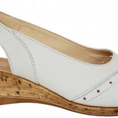 Sandale dama cu talpa ortopedica joasa Ninna Art 2 alb