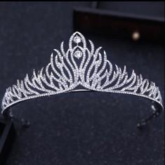Diadema / tiara mireasa Emma