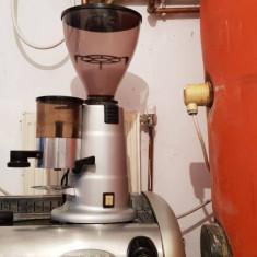 Espressor cu rasnita profesionale