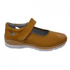 Pantof cu talpa joasa nuanta de galben