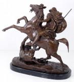 Luptator arab cu leu- statueta din bronz pe soclu din marmura VG-31