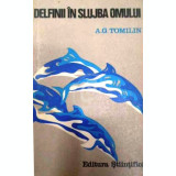 Delfinii in slujba omului