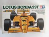 Cumpara ieftin Macheta Tamiya Lotus Honda 99T 1/20 Grand Prix Collection No.20, anii 80