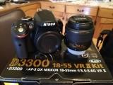 Nikon D3300, obiectiv 18-55mm f/3.5-5.6G+accesorii