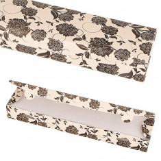 Cutie de cadou din hârtie - bej cu flori negre