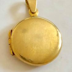 MEDALION PENTRU POZA DIN ARGINT placat cu aur  rotund
