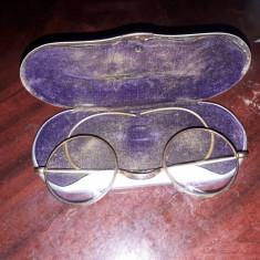 Ochelari vitanj placate din aur cu cutie originală lucrat manual