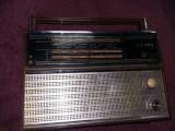 Aparat de radio pe vechi,aparat de radio  VEF 202,Netestat,T.GRATUIT