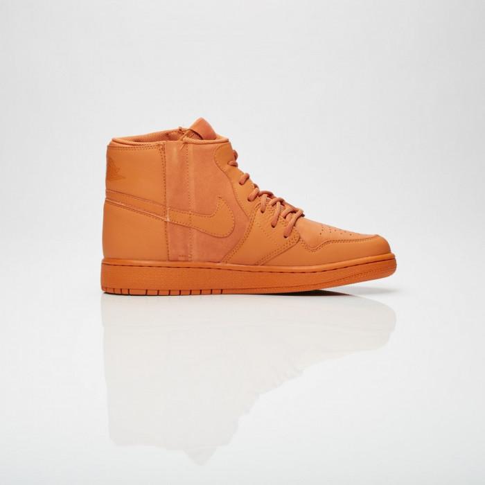 Adidasi Jordan Brand Wmns Air Jordan 1 Rebel XX marimea 38.5