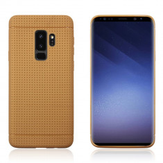 Husa Samsung S9 silicon puncte Gold