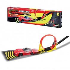 Set joaca Ferrari Single Loop 31215 Bburago