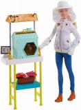 Set Barbie Papusa cu mobilier pentru fermier apicultor