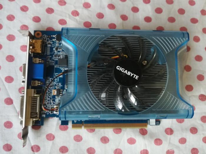 Placa video Gigabyte GT 220 1 Gb/128biti DDR3.