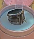 Inel vechi unicat din argint cu insertii aur 18k