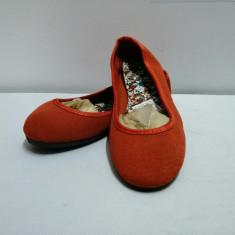 Papuci dama , balerini  , marimi  35 , 37