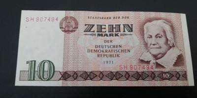 MDBS - BANCNOTA GERMANIA DEMOCRATA - DDR - 10 MARCI - 1971 foto