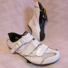 Pantofi ciclism de sosea marca SHIMANO WR 42, marime 38.5-39 (24.5 cm)