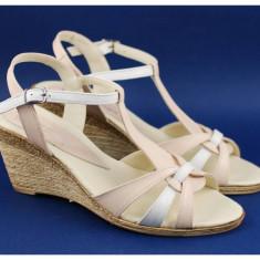 Sandale dama din piele naturala Bej cu Alb, cu platforma - S51BA2
