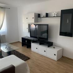 închiriez apartament in regim hotelier