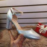 Pantofi Habini argintii cu toc -rl