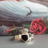 Inel argint pentru indragostiti Claddagh cu onix