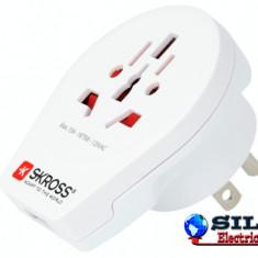Adaptor priza universal World -> USA cu USB Skross