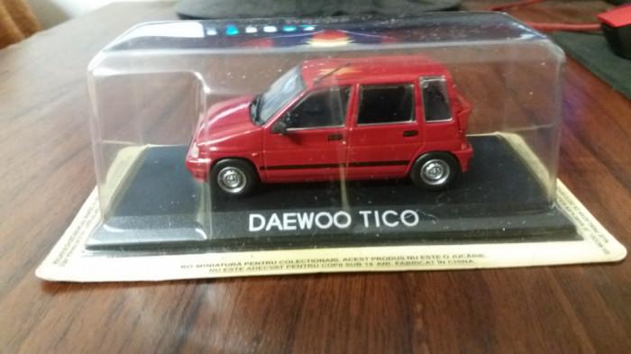 macheta daewoo tico deagostini masini de legenda romania - dea , 1/43.