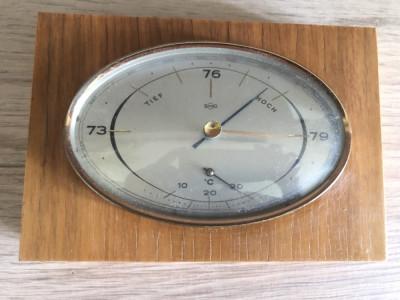 Barometru cu termometru vechi,german foto